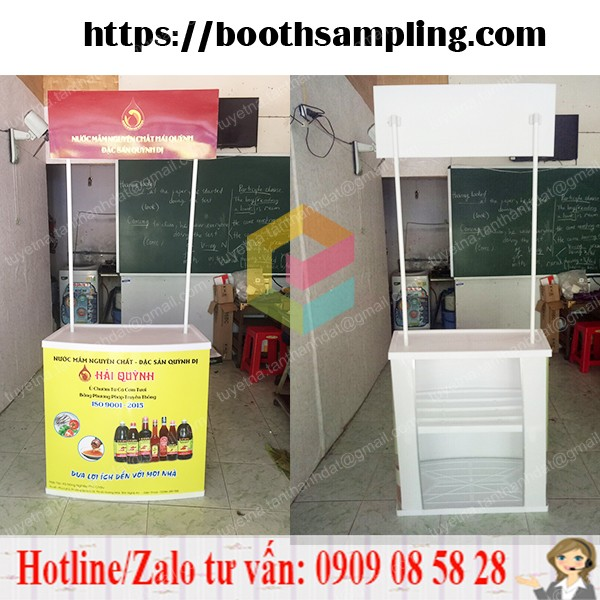 booth sampling ban hang bang nhua